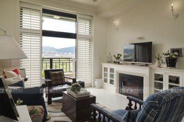远洋香奈美式风格半包公寓装修