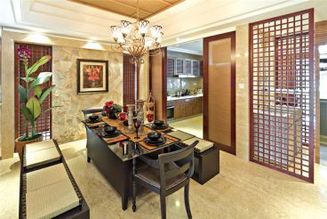 汤山公馆东南亚风格半包125平别墅装修