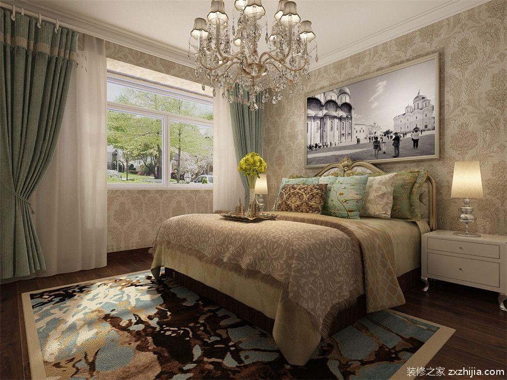 主卧室采用干净温馨的黄色调为主,吊顶做了平顶,并在顶子上放了欧式
