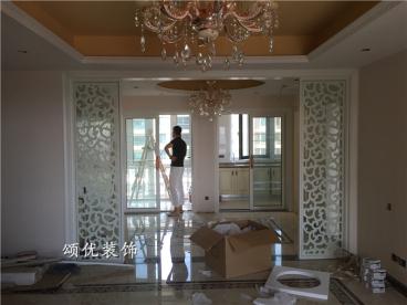 雅居乐花园三室二厅欧式古典装修效果图