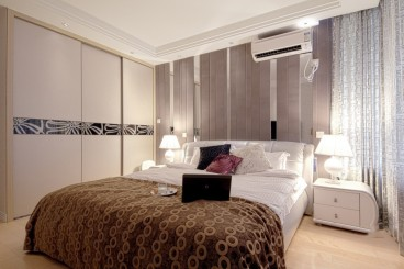 欧式紫色典雅卧室效果图