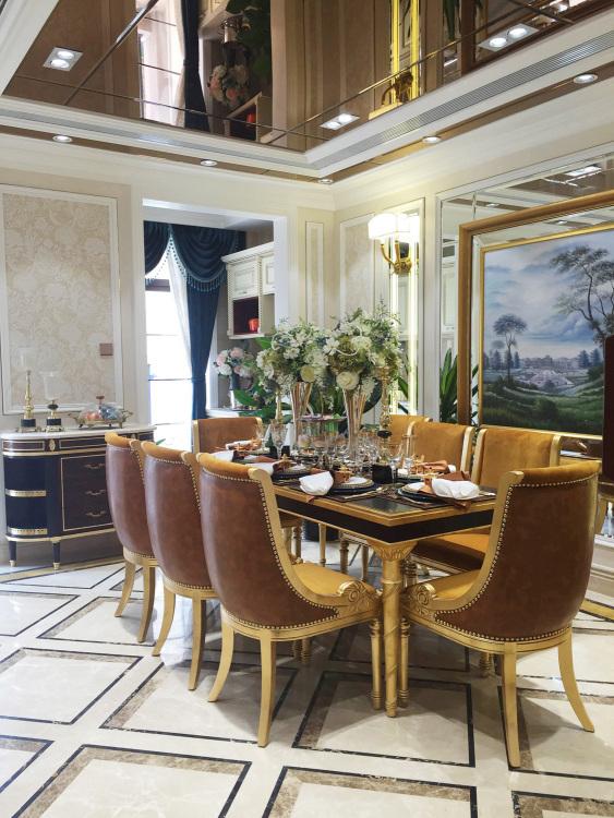 龙湖别墅五室三厅欧式古典装修效果图