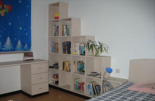 温馨简易书房装饰