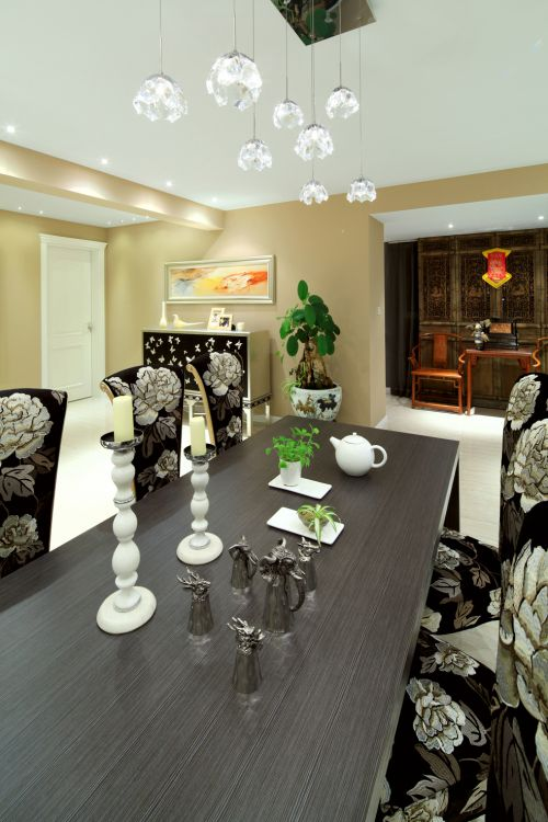 简约豪华餐桌设计