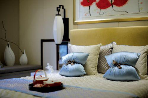 新中式天蓝色卧室床铺
