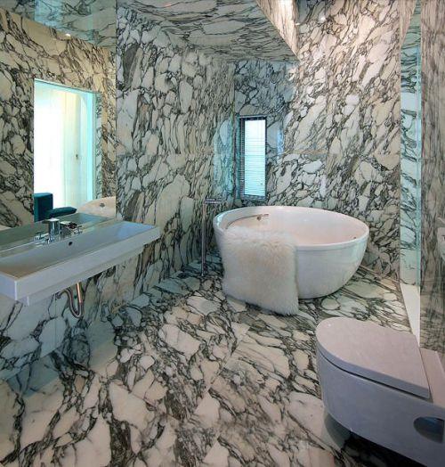 简约豪华的黑白卫生间设计
