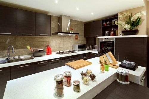 咖啡色美式厨房设计