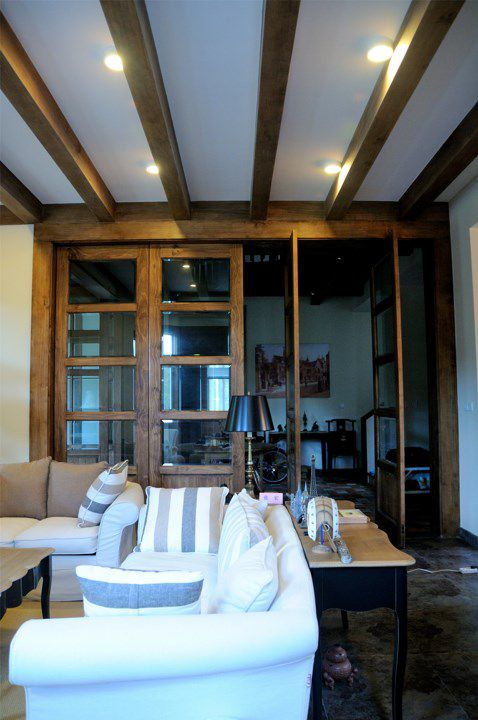 中式和古典欧式混搭的客厅装修