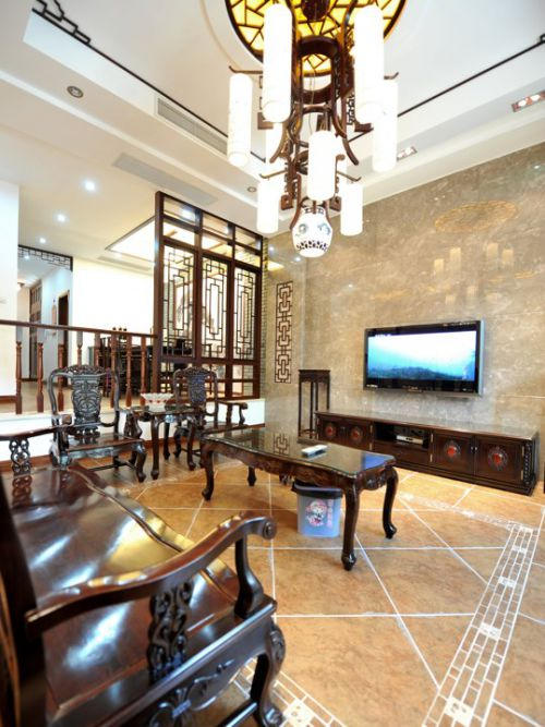 古典木质家具客厅装潢