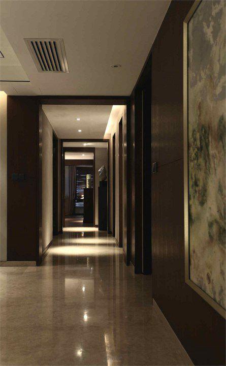 暗色调美式走廊装潢