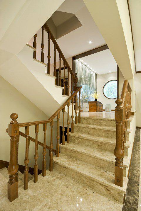 米色的简约楼梯装潢