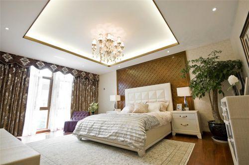 咖啡色背景墙的简欧卧室装修