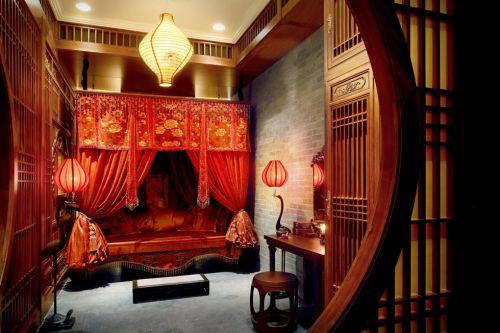 古典红色的婚房设计