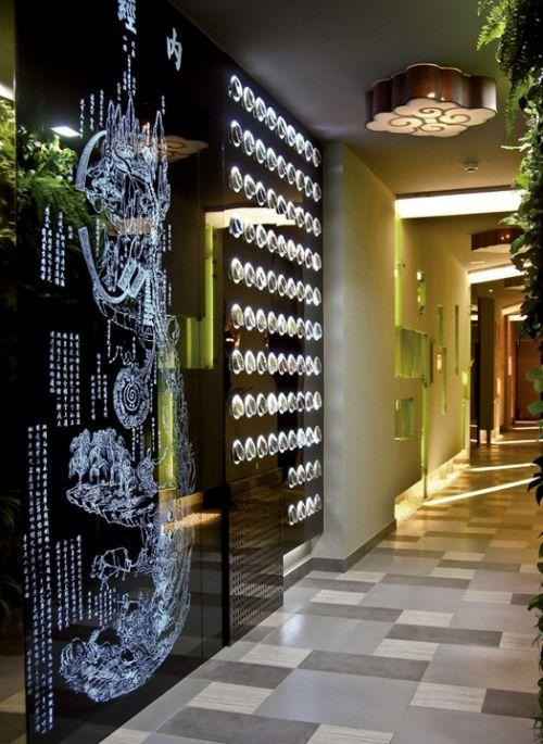 时尚的走廊墙壁装修