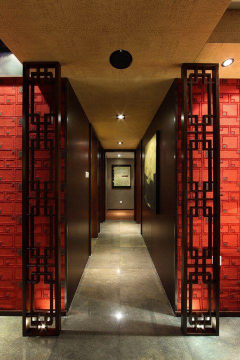 红色的美式卧室走廊设计
