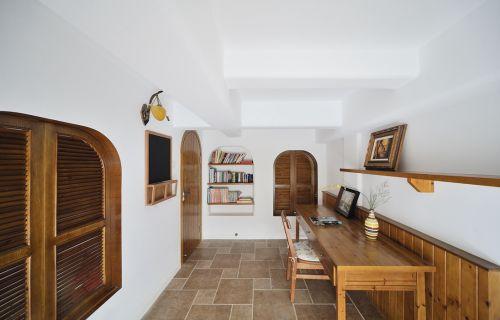 原木色书房装修设计图片