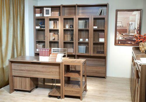原木风格书房装修设计图片