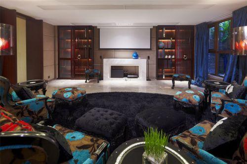 欧式古典风格黑色的客厅装潢