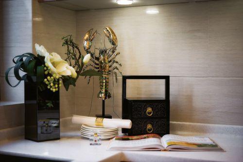 中式风格餐厅储物柜效果图