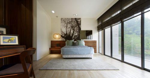 现代简约落地窗卧室设计