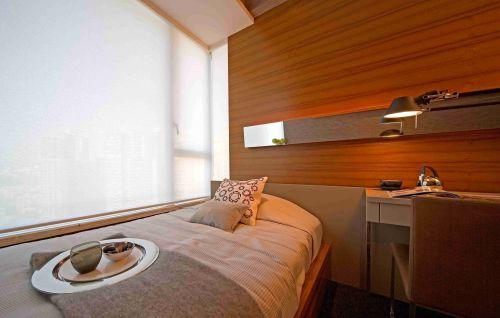 日式小户型卧室榻榻米床效果图