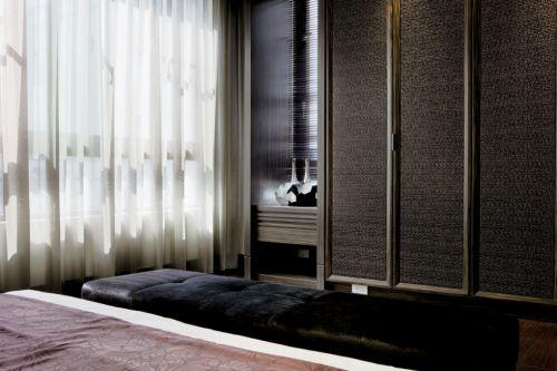 豪华的咖啡色中式卧室设计