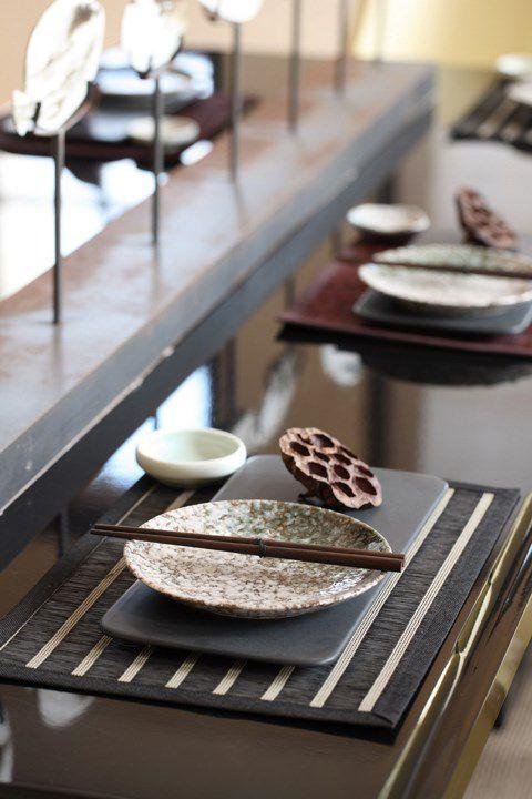 新古典主义风格餐厅餐台设计