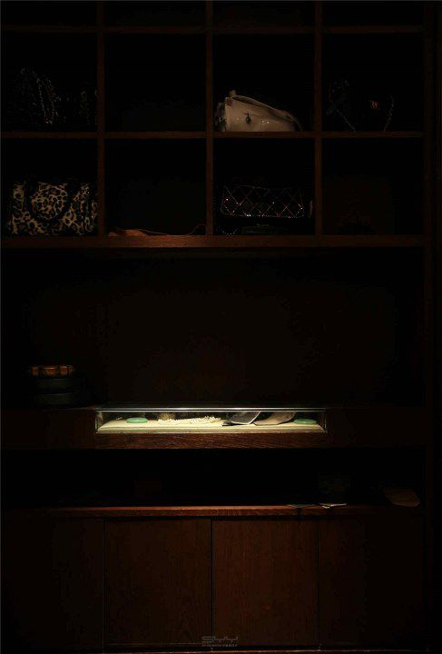 中式风格展示柜装修效果图