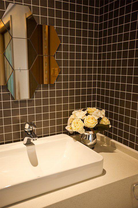 卫生间装修洗手台装饰设计