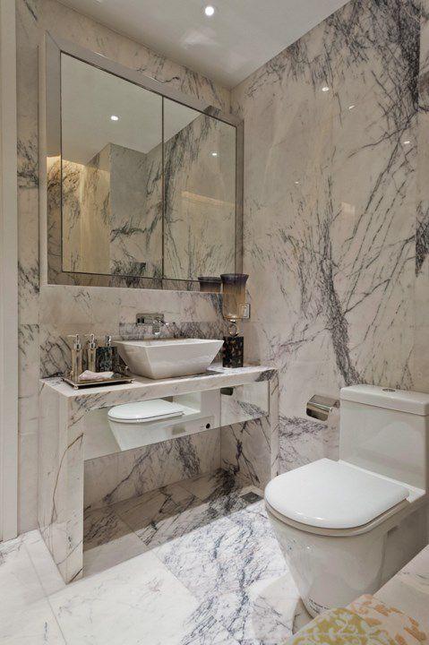 简约风大理石墙面卫生间设计