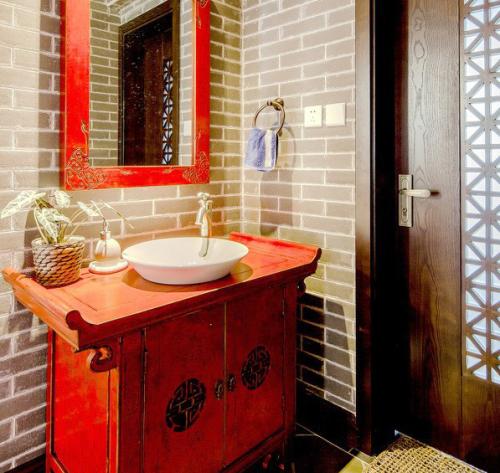 中式复古风洗手盆图片