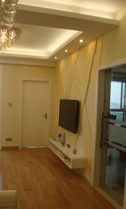 最新简约客厅电视背景墙装修效果图片