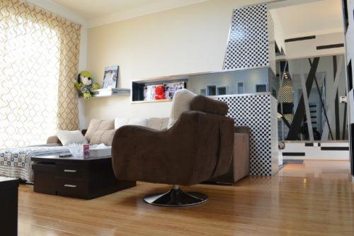 琴动寓中两室两厅现代简约客厅