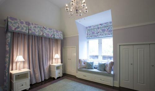 欧式卧室飘窗装修设计图片