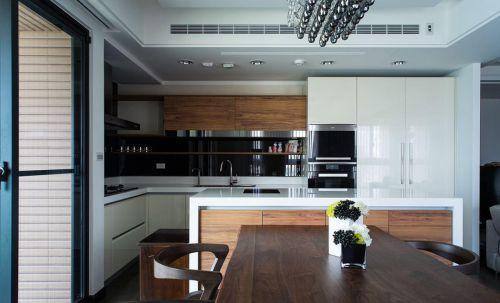 现代风格厨房橱柜欣赏