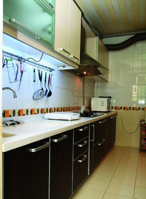 现代小厨房橱柜装修效果图欣赏