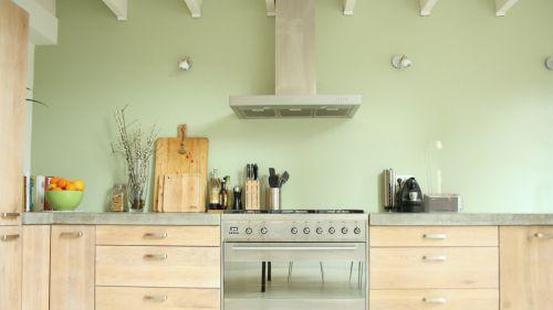 现代厨房实木橱柜效果图