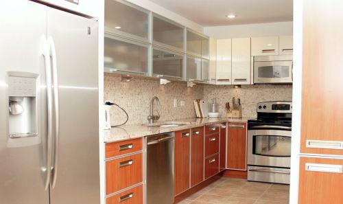 现代整体厨柜效果图欣赏
