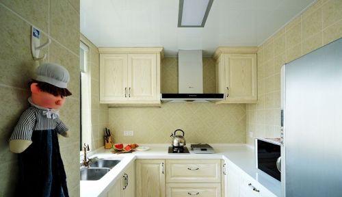 U型厨房装修厨柜效果图