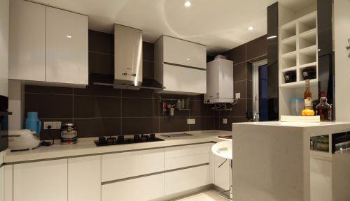 现代简约厨房烤漆橱柜图片