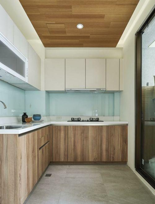 日式风格厨房橱柜欣赏