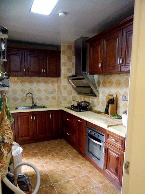美式厨房装修集成吊顶效果图