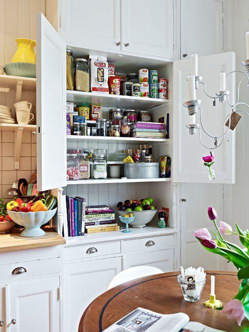 70平单身公寓厨橱柜房装修效果图