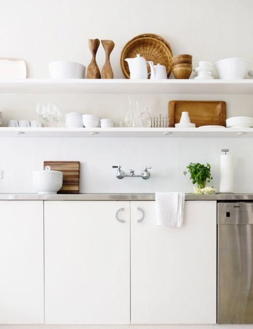 简约风格白色厨房橱柜效果图