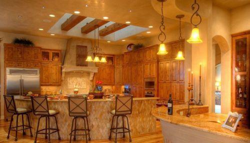 富丽堂皇的厨房装修效果图大全2015图片