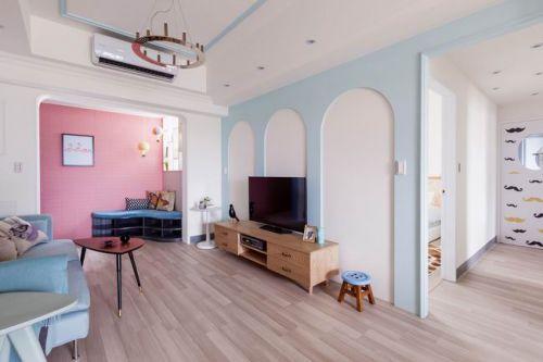 66平单身女士的粉蓝色公寓暖暖的一居室