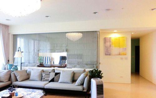 白色中式风格客厅吊顶装修设计