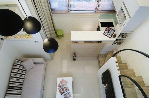 简约风格米色客厅吊顶装修案例