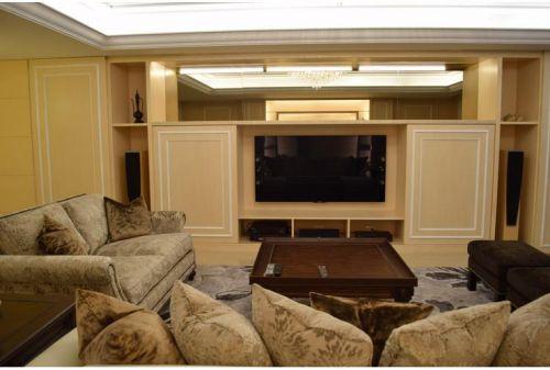 简洁美式风格客厅背景墙图片欣赏
