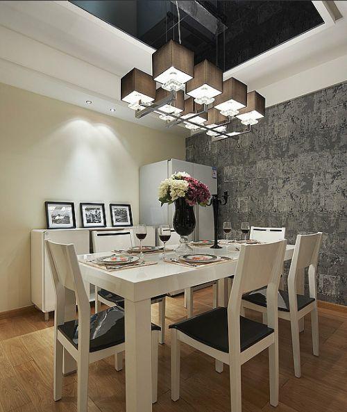 低奢轻盈新古典餐厅吊顶装饰图